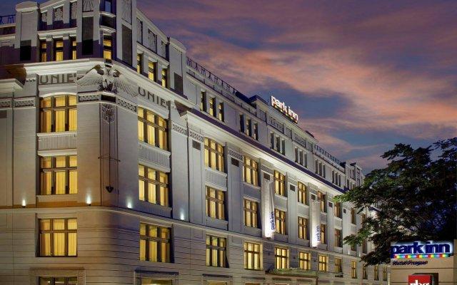 Park Inn Hotel Prague вид на фасад