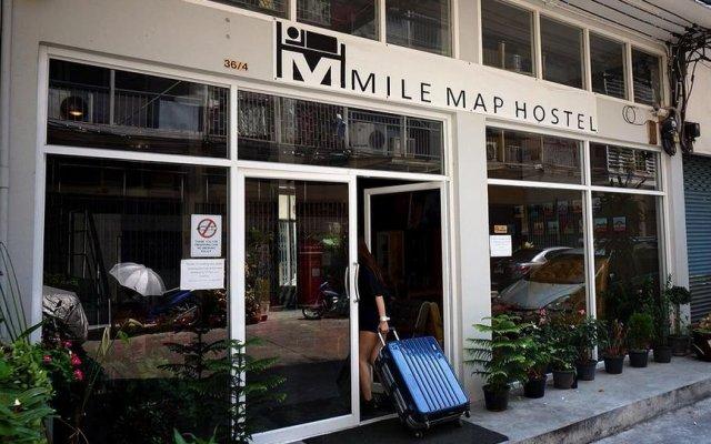 Mile Map Hostel Бангкок вид на фасад
