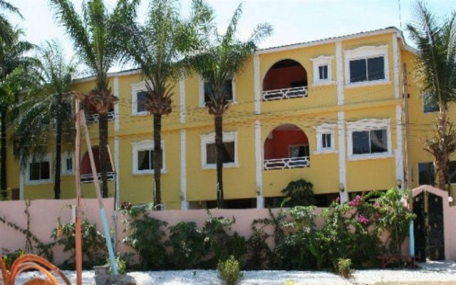 Calabash Residence in Kololi, Gambia from 75$, photos, reviews - zenhotels.com hotel front