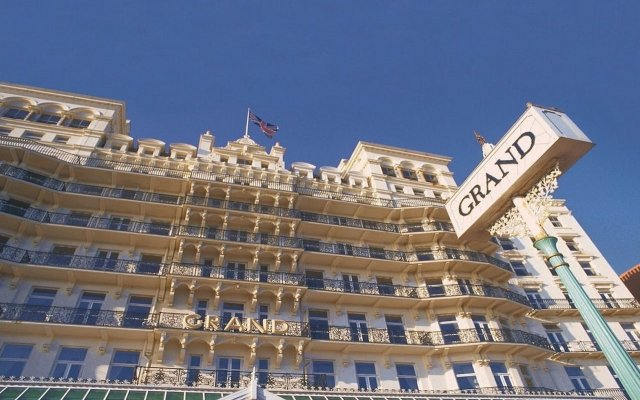 Отель Grand Victorian Брайтон вид на фасад