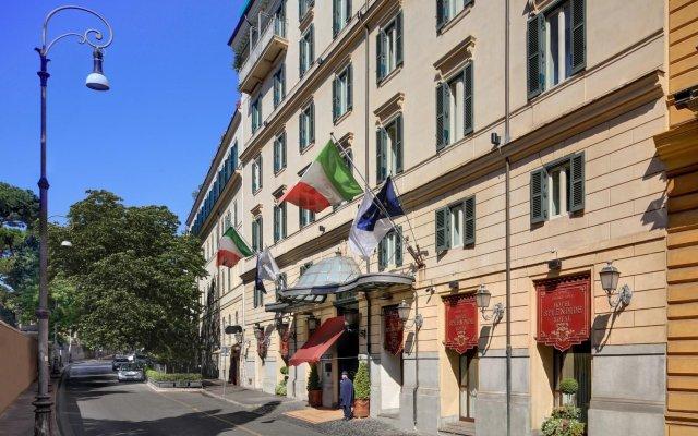 Hotel Splendide Royal вид на фасад