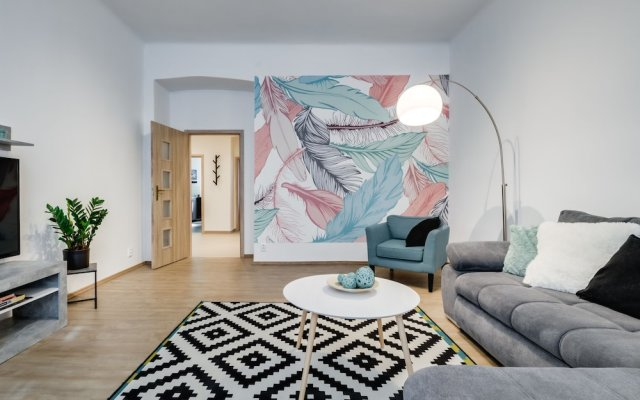 Riverside Family apartment in the center