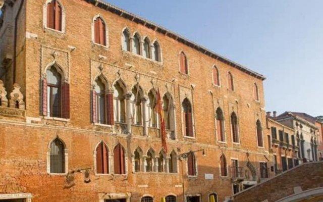 Hotel Al Sole вид на фасад