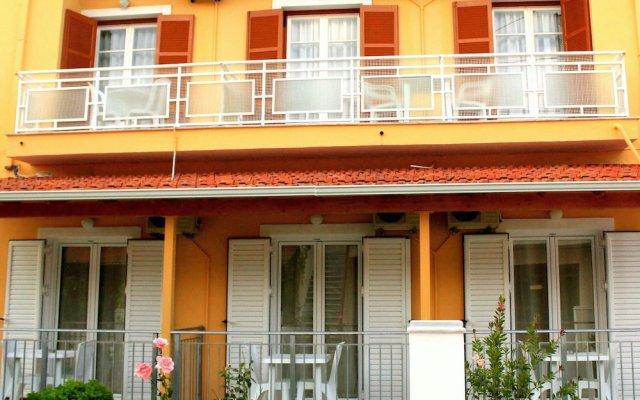 Апартаменты Rantos Apartments вид на фасад
