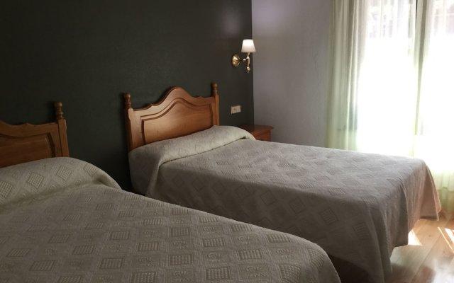 Отель Casitas Cinco Castanos Канделарио комната для гостей