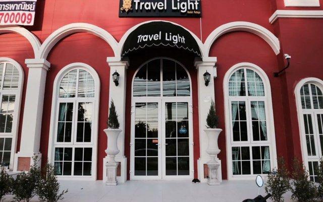 Travel Light Hostel Pattaya вид на фасад