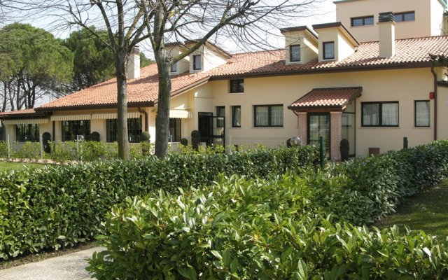 Отель Green Garden Resort Лимена вид на фасад