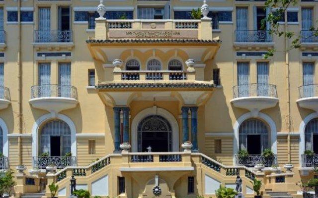 Saigon Crystal Hotel вид на фасад