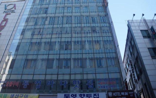 Hotel Myeongdong Сеул вид на фасад