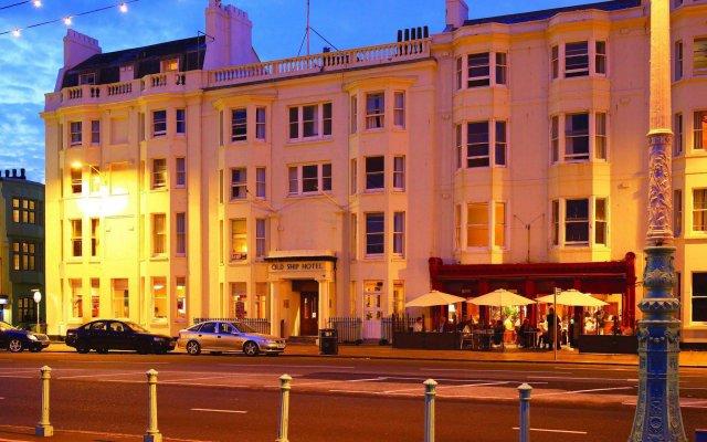 The Old Ship Hotel вид на фасад