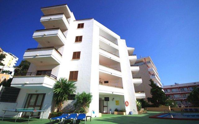 Отель Marina Palmanova Apartamentos вид на фасад