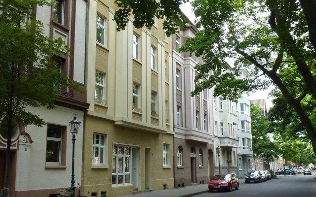 Апартаменты Lessing-Apartment вид на фасад
