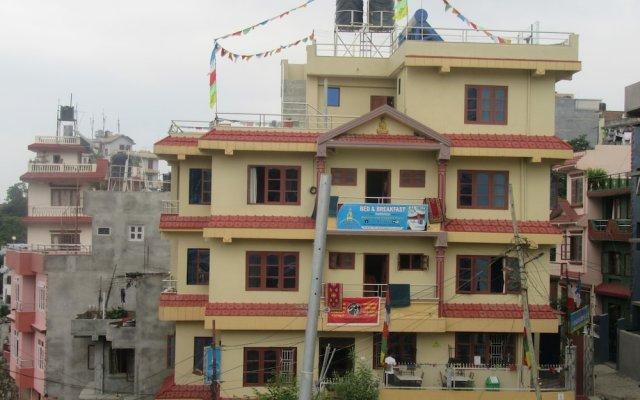 Отель Stupa View Inn Непал, Катманду - отзывы, цены и фото номеров - забронировать отель Stupa View Inn онлайн вид на фасад