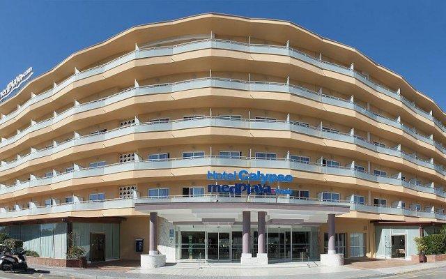 Отель Medplaya Hotel Calypso Испания, Салоу - отзывы, цены и фото номеров - забронировать отель Medplaya Hotel Calypso онлайн вид на фасад