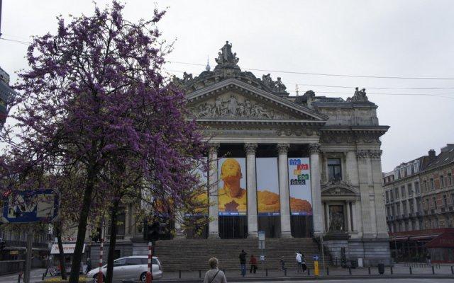 Отель Bourse 5 Бельгия, Брюссель - отзывы, цены и фото номеров - забронировать отель Bourse 5 онлайн вид на фасад