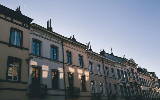 Отель B&B Place Jourdan Бельгия, Брюссель - отзывы, цены и фото номеров - забронировать отель B&B Place Jourdan онлайн вид на фасад