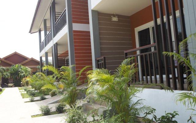 Отель Hatzanda Lanta Resort Ланта вид на фасад