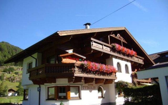 Отель Apart Tyrolis Австрия, Хохгургль - отзывы, цены и фото номеров - забронировать отель Apart Tyrolis онлайн вид на фасад
