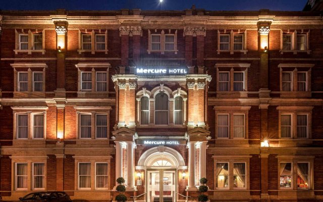 Mercure Exeter Rougemont Hotel вид на фасад