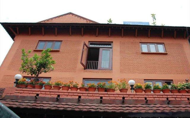 Отель Mandap Hotel Непал, Катманду - отзывы, цены и фото номеров - забронировать отель Mandap Hotel онлайн вид на фасад