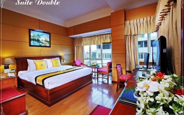 Sapphire Saigon Hotel вид на фасад