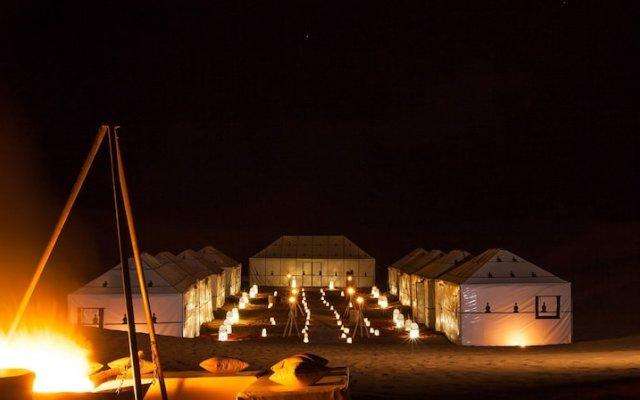 Отель Luxury Camp Chebbi Марокко, Мерзуга - отзывы, цены и фото номеров - забронировать отель Luxury Camp Chebbi онлайн вид на фасад