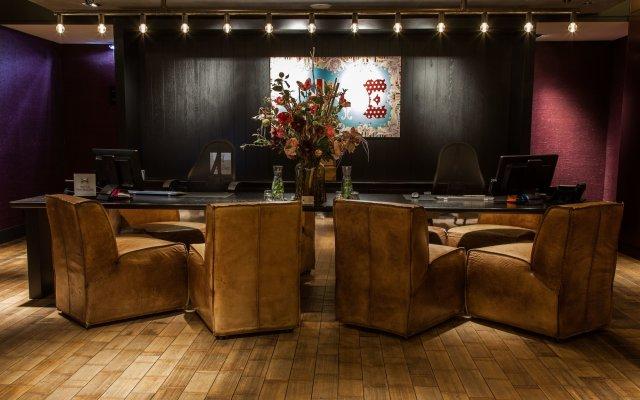 Отель DoubleTree by Hilton Hotel Amsterdam - NDSM Wharf Нидерланды, Амстердам - отзывы, цены и фото номеров - забронировать отель DoubleTree by Hilton Hotel Amsterdam - NDSM Wharf онлайн интерьер отеля