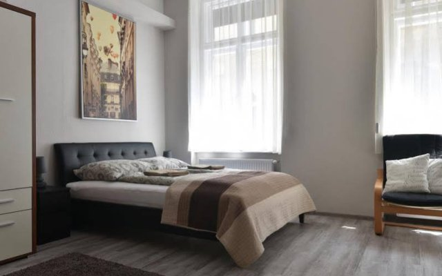 Corvin Point Hostel Будапешт комната для гостей