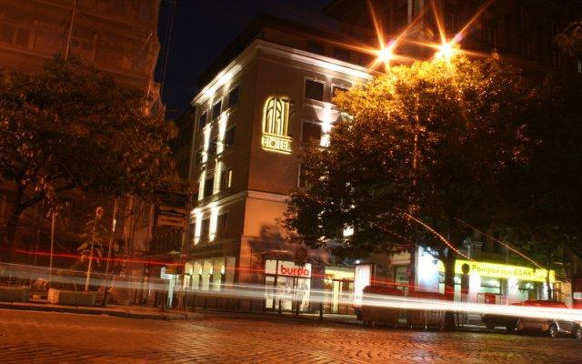Отель Арте Отель Болгария, София - 1 отзыв об отеле, цены и фото номеров - забронировать отель Арте Отель онлайн вид на фасад