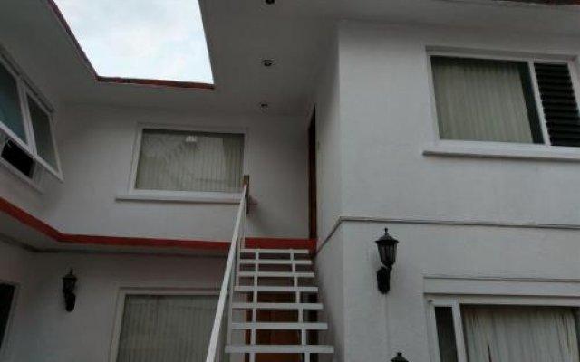 Отель Anys Hostal Мехико вид на фасад