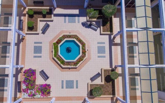 Dome Beach Hotel and Resort вид на фасад
