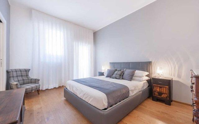 Апартаменты Pitti Palace 5 Stars Apartment комната для гостей