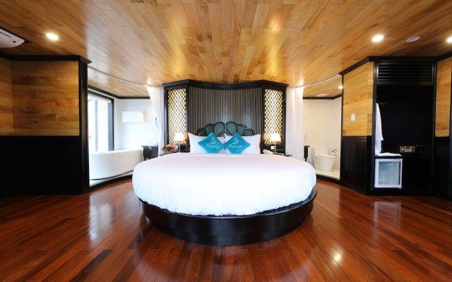 Отель Halong Serenity Cruise Вьетнам, Халонг - отзывы, цены и фото номеров - забронировать отель Halong Serenity Cruise онлайн комната для гостей
