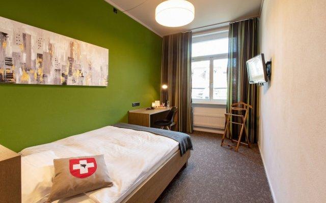Hotel Bären am Bundesplatz вид на фасад