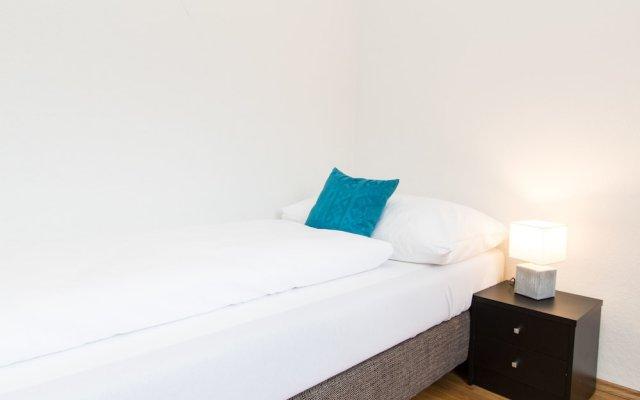 Отель CheckVienna - Apartment Familienplatz Австрия, Вена - отзывы, цены и фото номеров - забронировать отель CheckVienna - Apartment Familienplatz онлайн вид на фасад