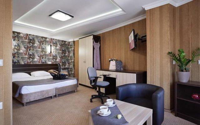Hotel TORN HOUSE комната для гостей