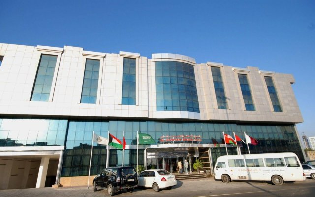 Al Bustan Hotel Flats Шарджа вид на фасад