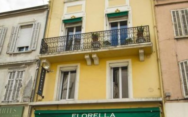 Florella République 0