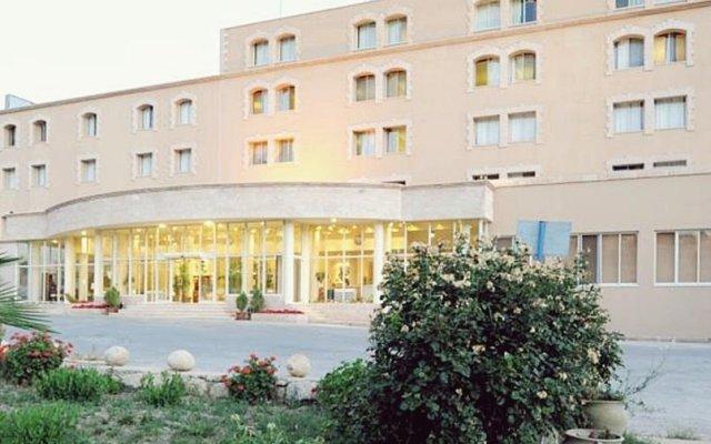 Отель Kings Way Inn Petra Иордания, Вади-Муса - отзывы, цены и фото номеров - забронировать отель Kings Way Inn Petra онлайн вид на фасад