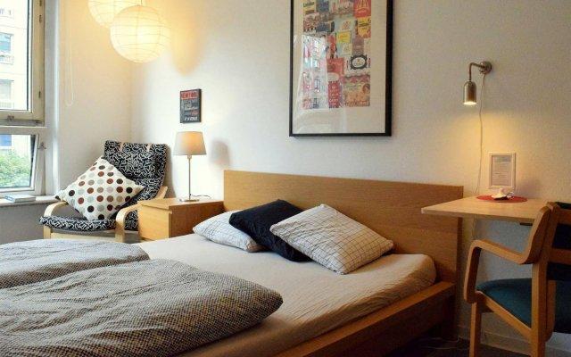 Отель Sixmiles Guesthouse Германия, Берлин - отзывы, цены и фото номеров - забронировать отель Sixmiles Guesthouse онлайн комната для гостей