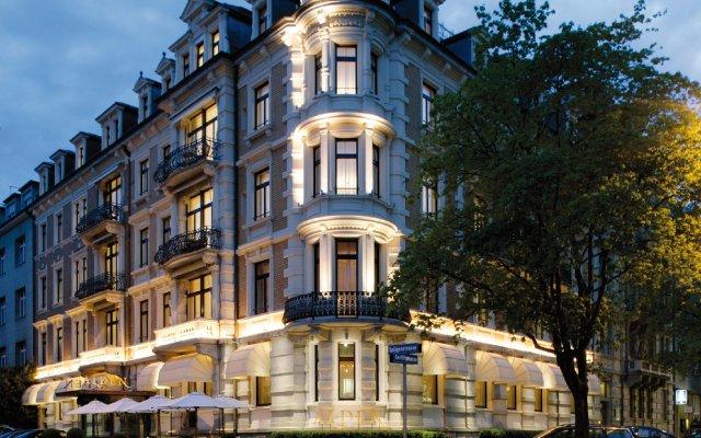 Отель ALDEN Suite Hotel Splügenschloss Zurich Швейцария, Цюрих - 9 отзывов об отеле, цены и фото номеров - забронировать отель ALDEN Suite Hotel Splügenschloss Zurich онлайн вид на фасад