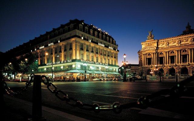 Отель Intercontinental Paris-Le Grand Париж вид на фасад