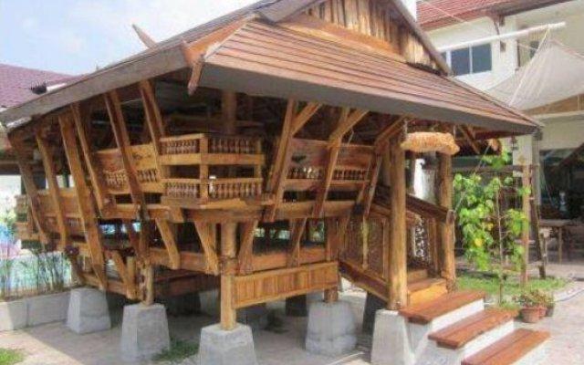 Отель Phuket 7-Inn вид на фасад