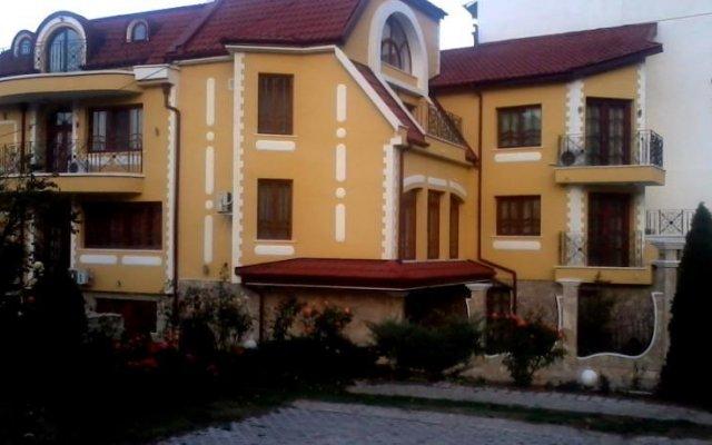 Отель Rai Болгария, Шумен - отзывы, цены и фото номеров - забронировать отель Rai онлайн вид на фасад