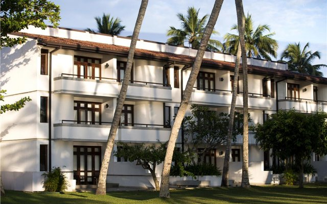 Отель Avani Kalutara Resort вид на фасад
