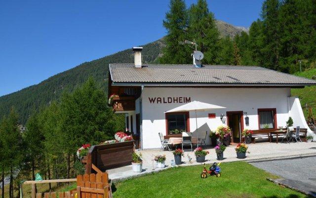 Отель Waldheim Стельвио вид на фасад