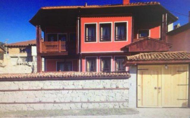 Отель Guest House Romantika Болгария, Копривштица - отзывы, цены и фото номеров - забронировать отель Guest House Romantika онлайн вид на фасад