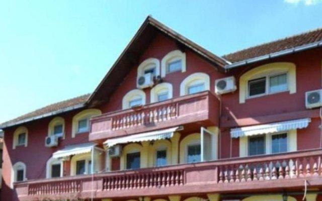 Fontana Hotel Нови Сад вид на фасад