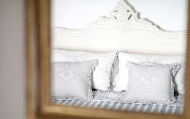 Отель We Tuscany - Zaffiro Bianco Италия, Сан-Джиминьяно - отзывы, цены и фото номеров - забронировать отель We Tuscany - Zaffiro Bianco онлайн комната для гостей