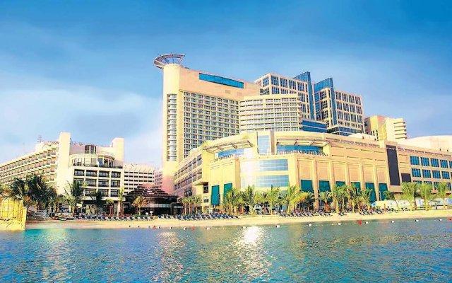 Отель Beach Rotana ОАЭ, Абу-Даби - 1 отзыв об отеле, цены и фото номеров - забронировать отель Beach Rotana онлайн вид на фасад